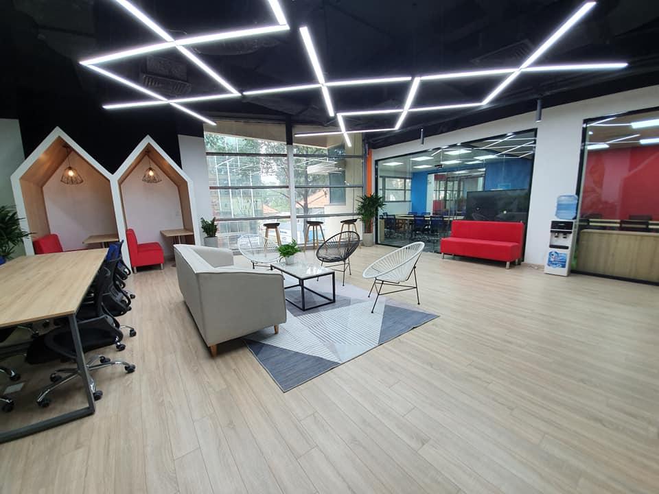 Cung cấp nội thất văn phòng sàn Cowordking tại Sài Gòn tuy rẻ nhưng rất đẹp và đầy đủ tiện ích