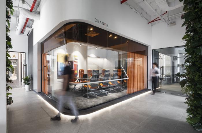 Thi công – Cung cấp nội thất văn phòng Orange Space